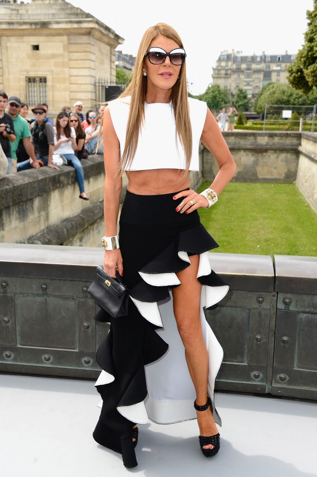 anna-dello-russo-flamenco-style-fashion-week-couture-street-style