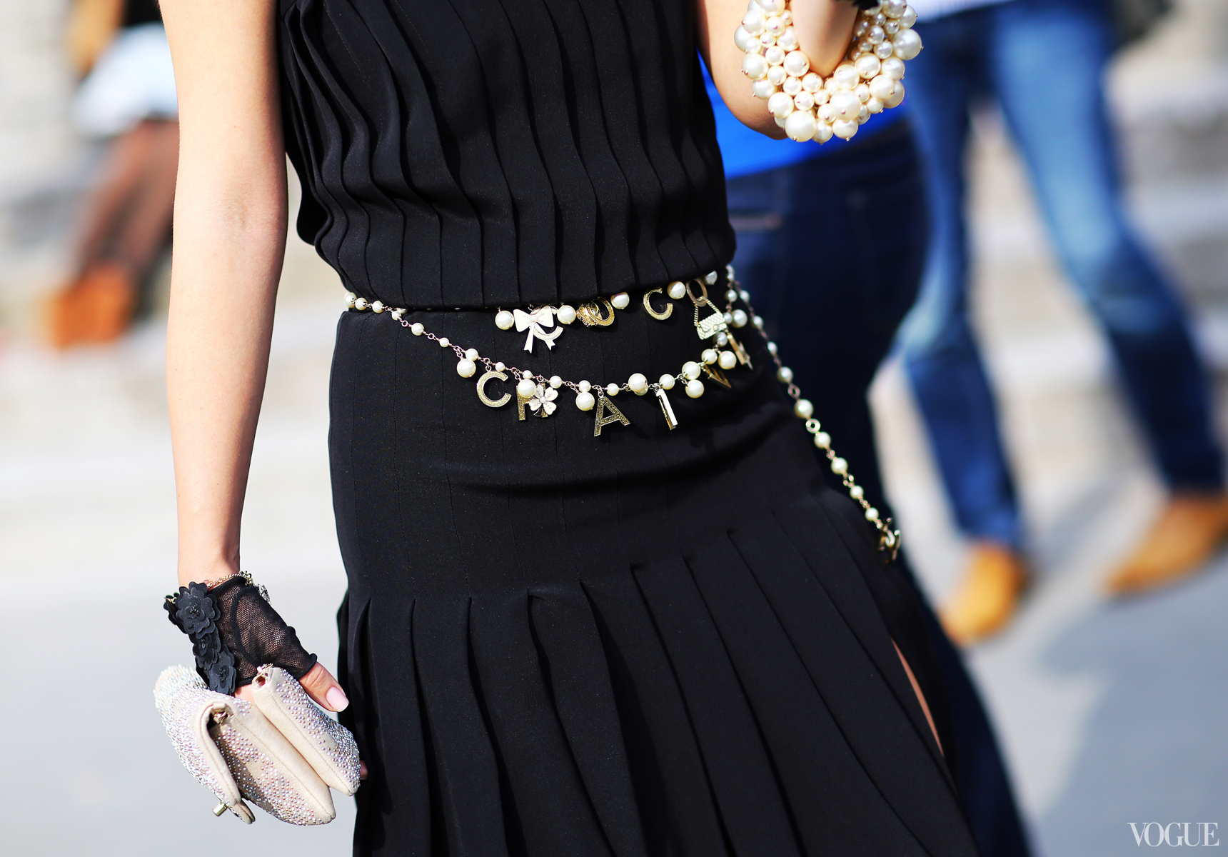 belts-fashion-week-couture-street-style