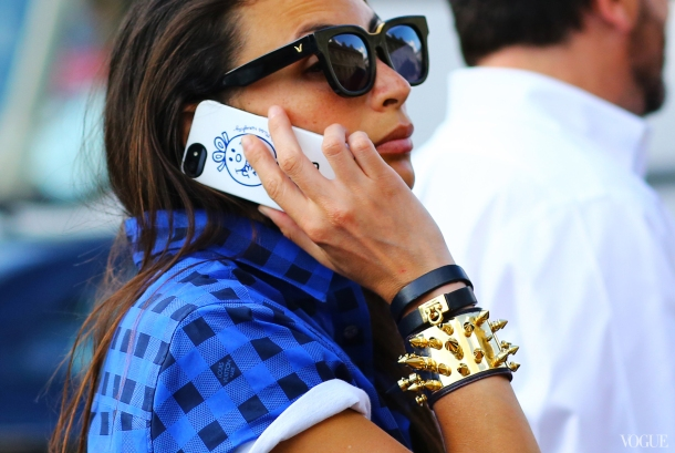fashion-week-couture-street-style-messy-hair