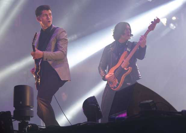 glastonbury-2013-artic-monkeys