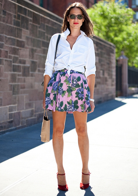 knotted-shirt-skirt-heels-lok