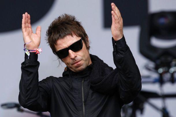 Liam-Gallagher-at-Glastonbury-2013-look