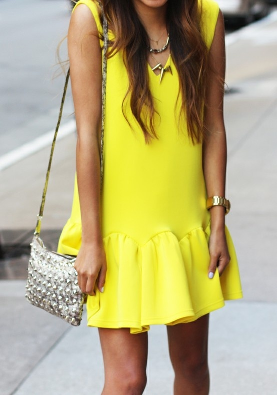 neon-dress-look-streetstyle
