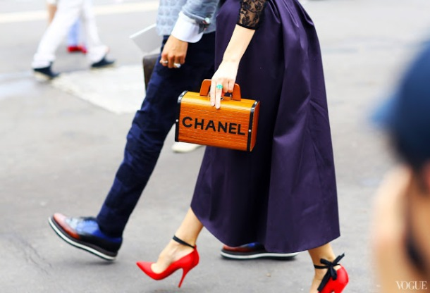 red-shoes-fashion-week-couture-street-style