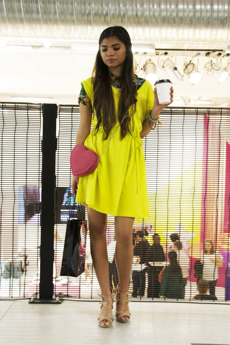 streetstyle neon dresses Dresses That Make Your Eyes Hurt!?