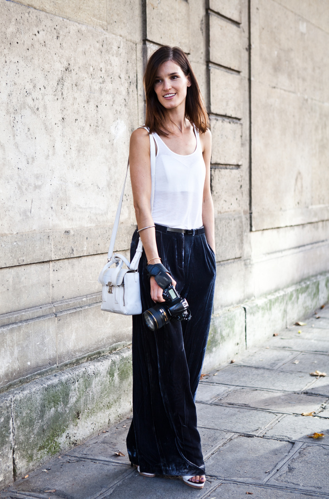 white tank top trend Tank Tops: Whats Your Style?