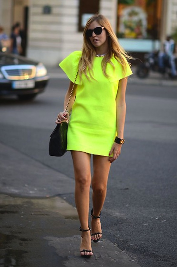 yellow-lime-neon-dress-street-style