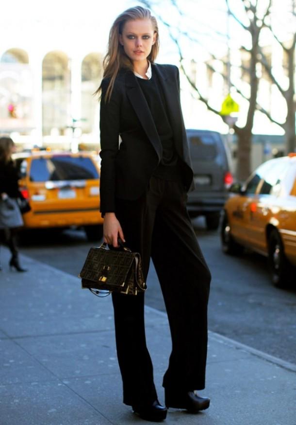 all-black-wide-leg-trousers