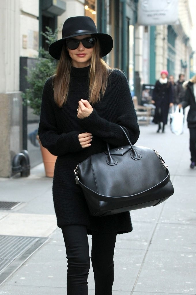black bag street style 6 Styling A Black Bag. Is It Really That Easy?