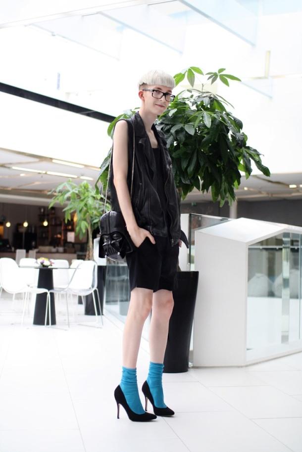 black_bag_street_style