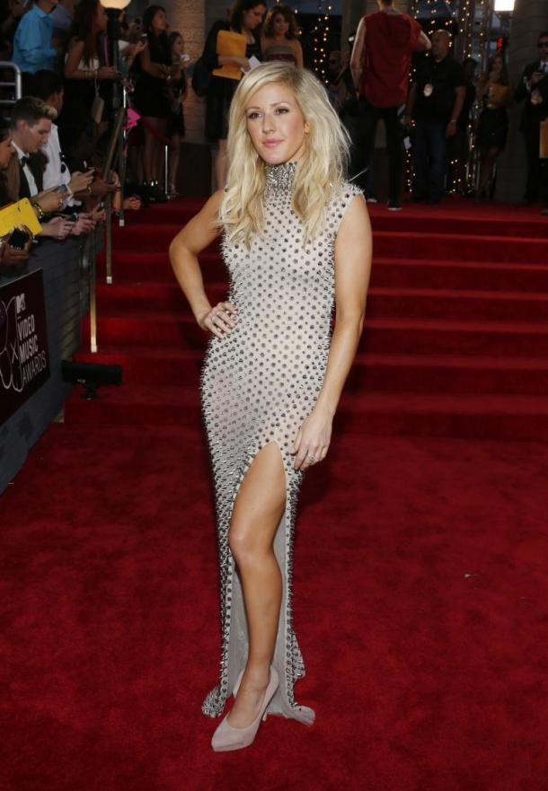 ellie-goulding-2013-vma-red-carpet