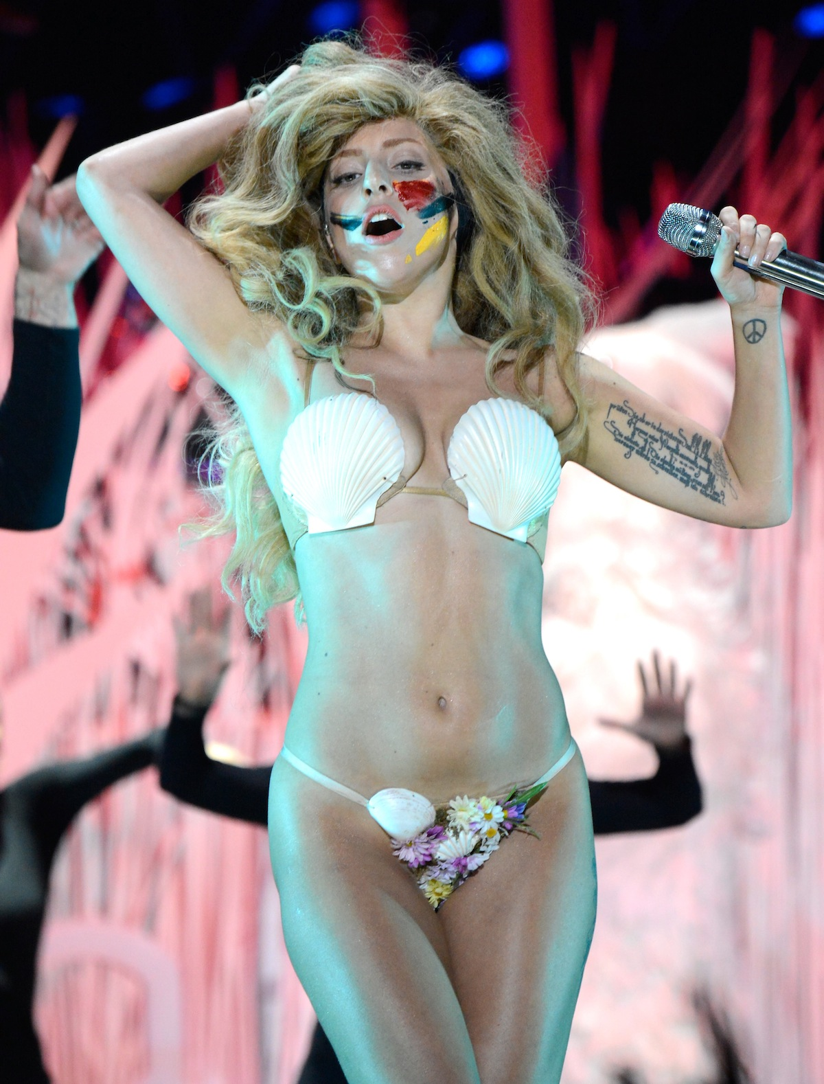 2013 MTV Video Music Awards - Show
