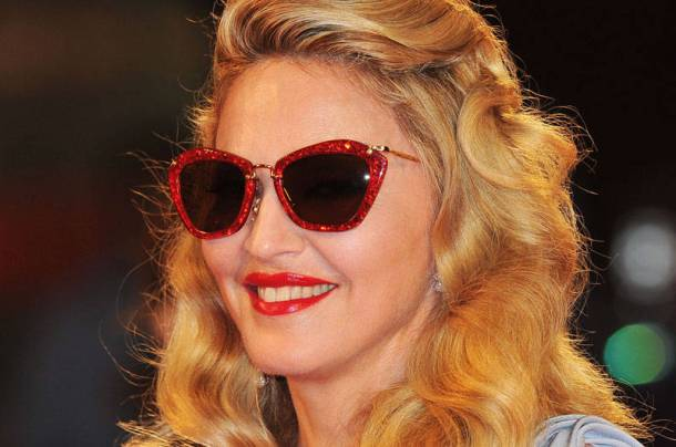 Madonna-Sunglasses-red-frames
