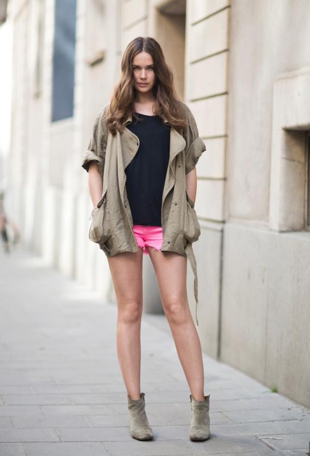 shorts-and-long-sleeves-jacket