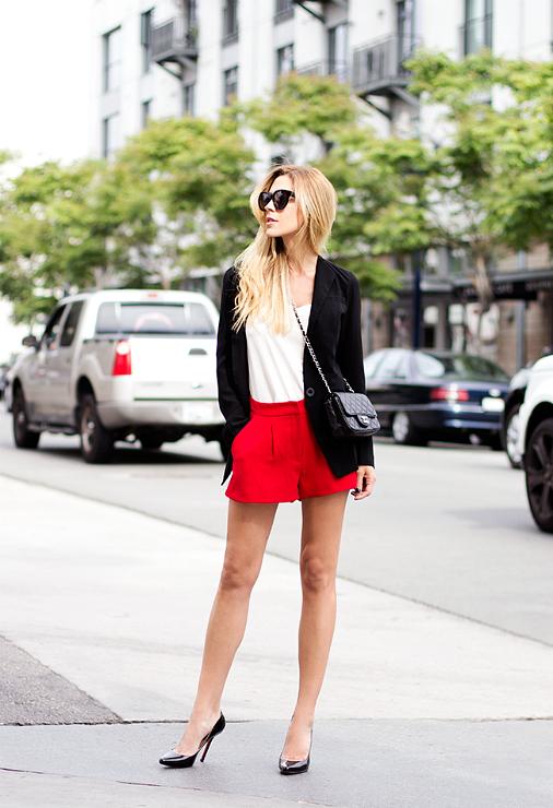 shorts-and-long-sleeves-look-6