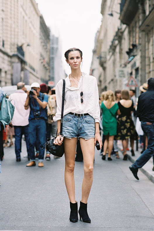 shorts-and-long-sleeves-trend