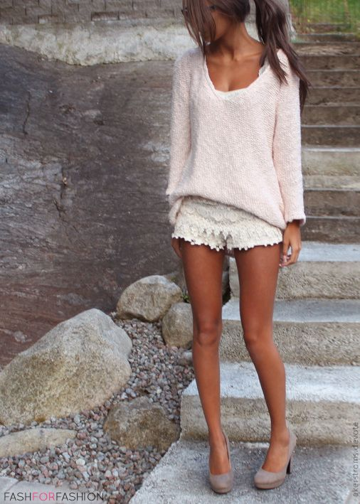 shorts-and-sweater-look
