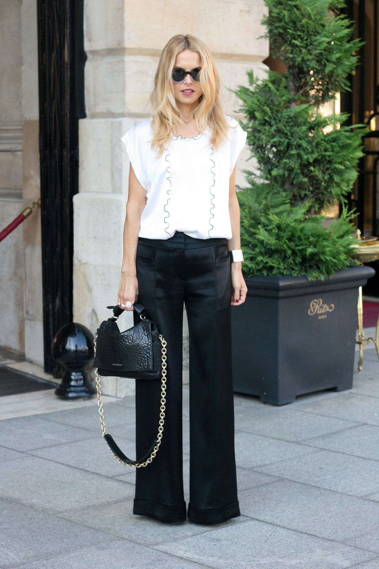 how to wear wide leg pants with flats - Pi Pants
