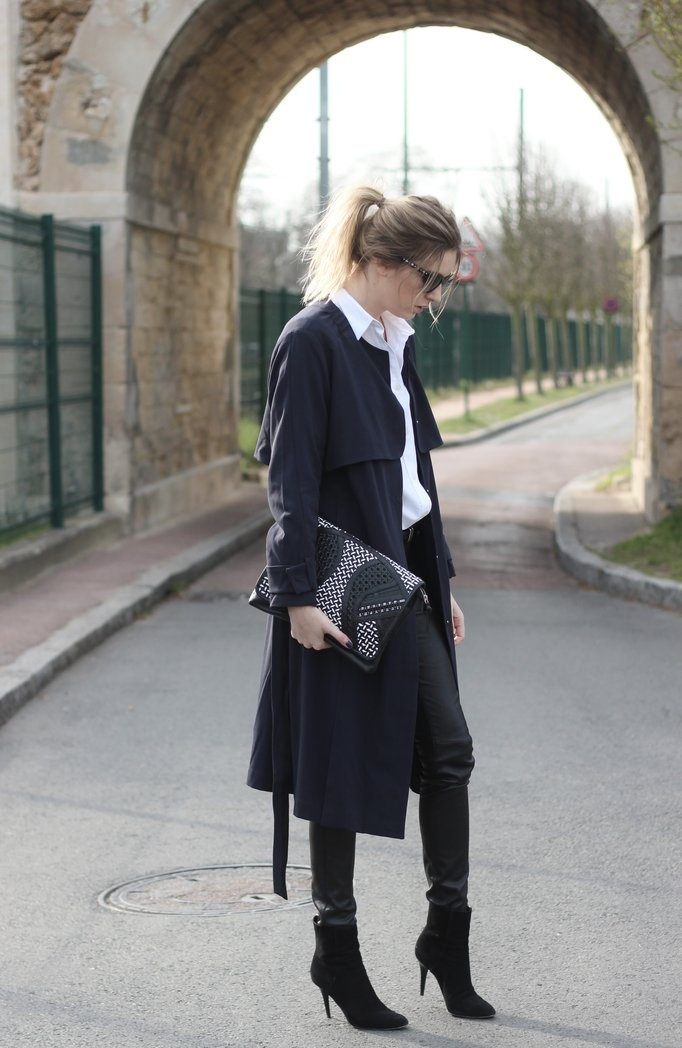 black-trench-coat-street-style