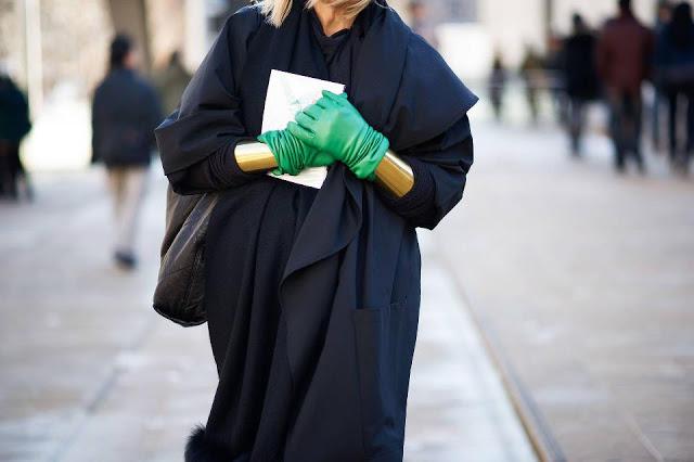 green-gloves-2013