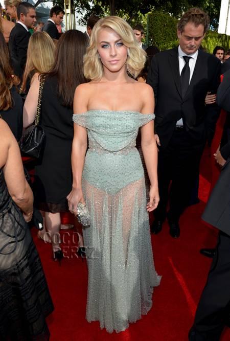 julianne-hough-red carpet-dress-2013-emmys