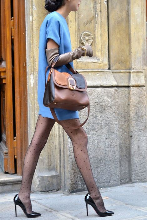 long-nude-leather-gloves-trend
