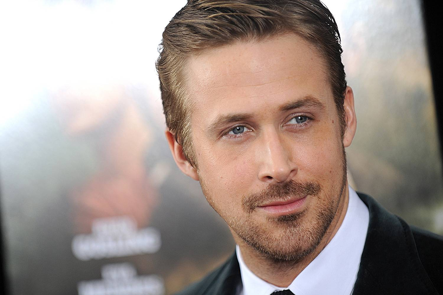 ryan gosling 1 The Ryan Gosling Obsession. Media, Fame, OR Is He ...