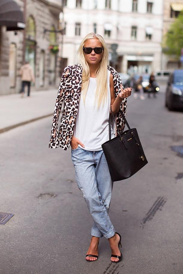 animal-print-street-style-blazer