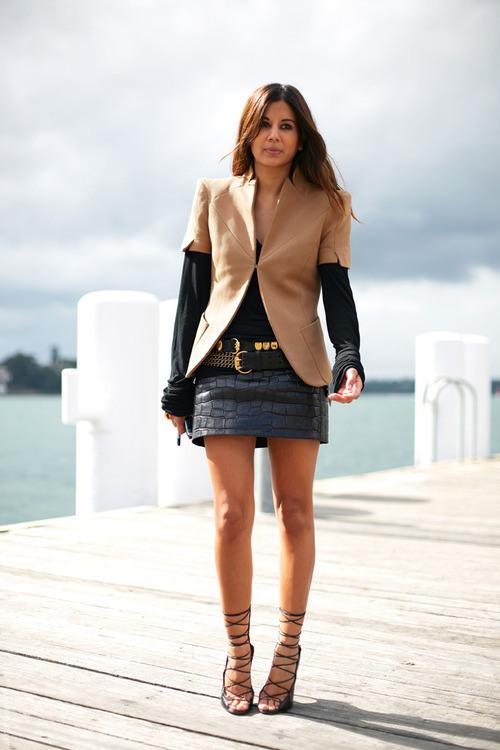 black-mini-leather-skirt-street-style