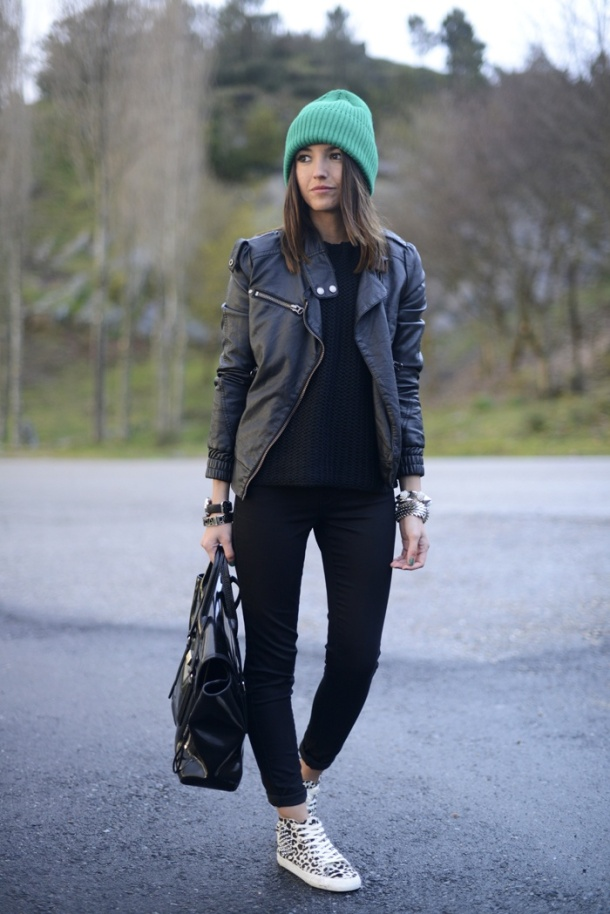 colored-beanie-look-streetstyle
