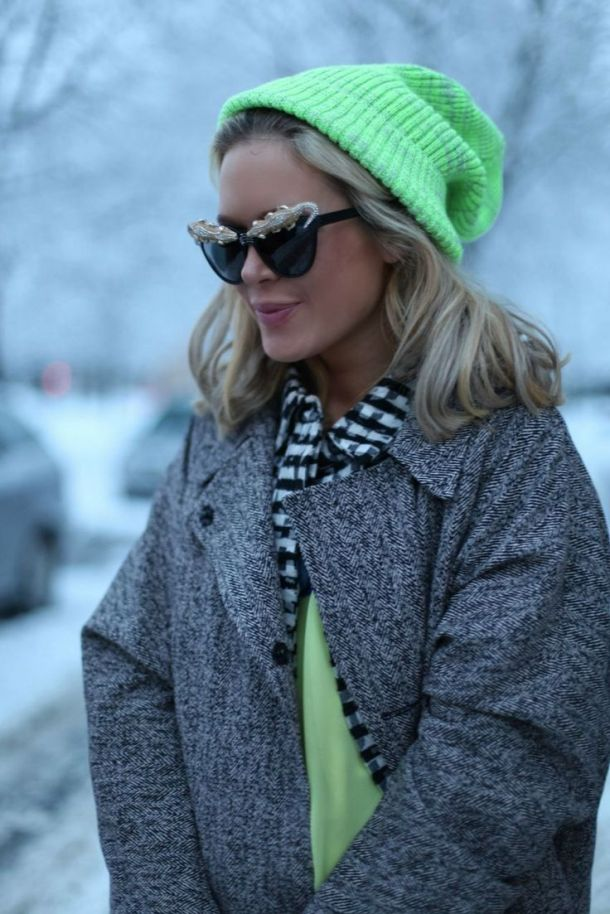 colored-beanie-look
