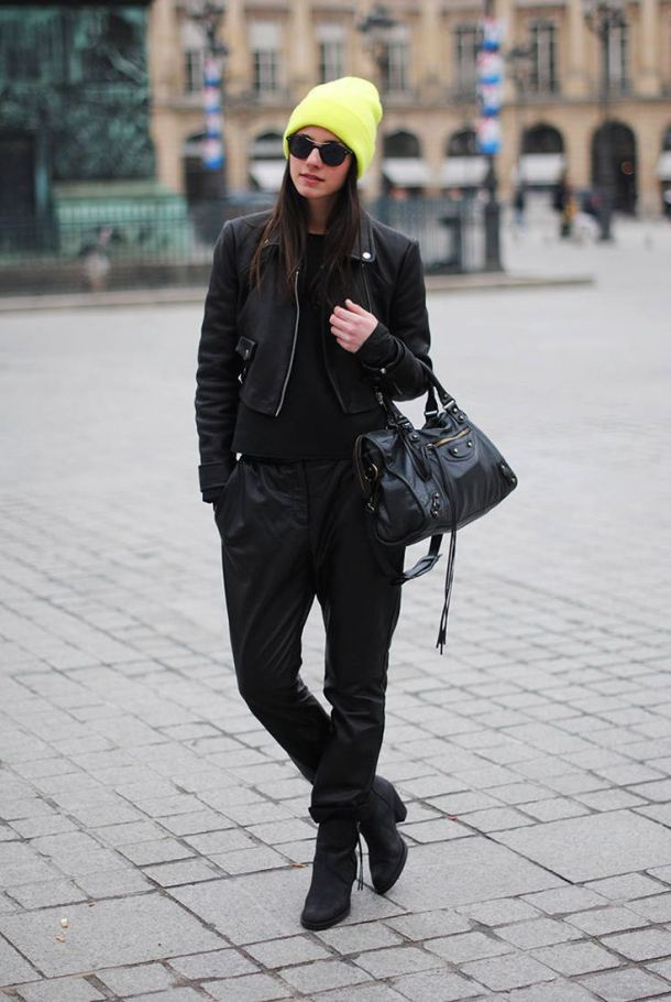 street-style-baggy-leather-pants