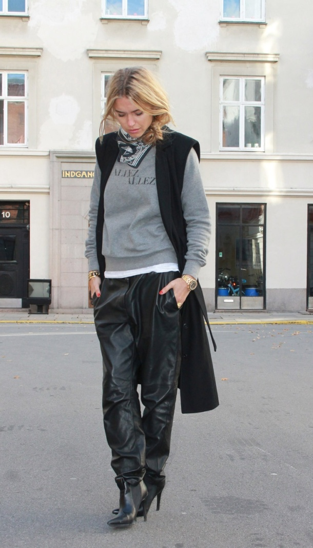 street-style-leather-baggy-pants