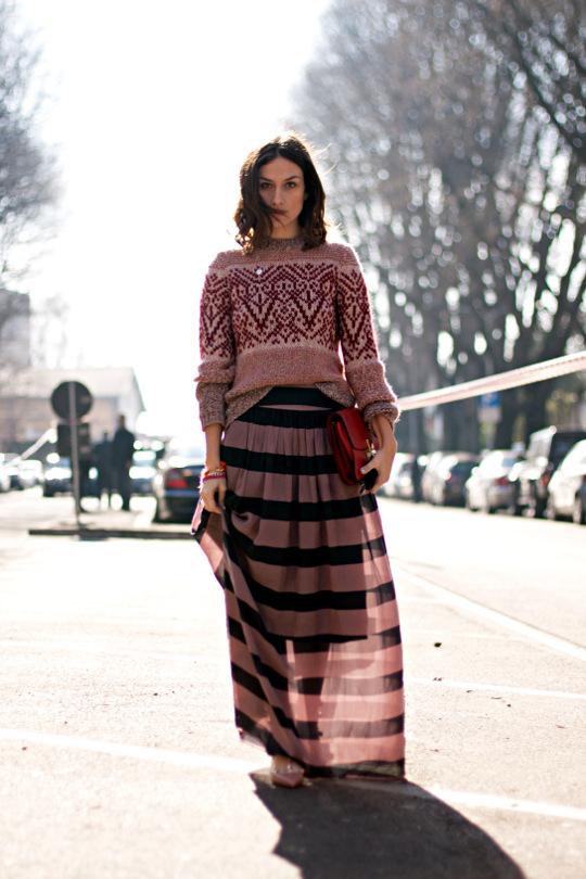 street-style-sweaters-trend