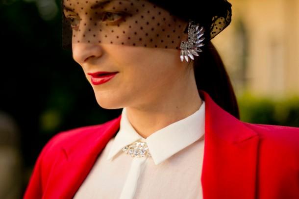 how-to-wear-veiled-beanies