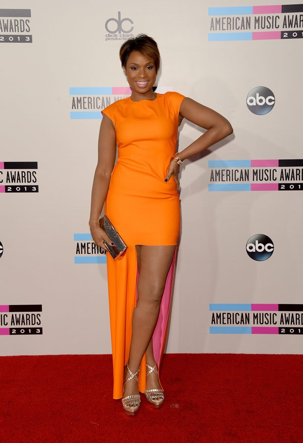 jennifer-hudson-american-music-awarsd-2013-red-carpet