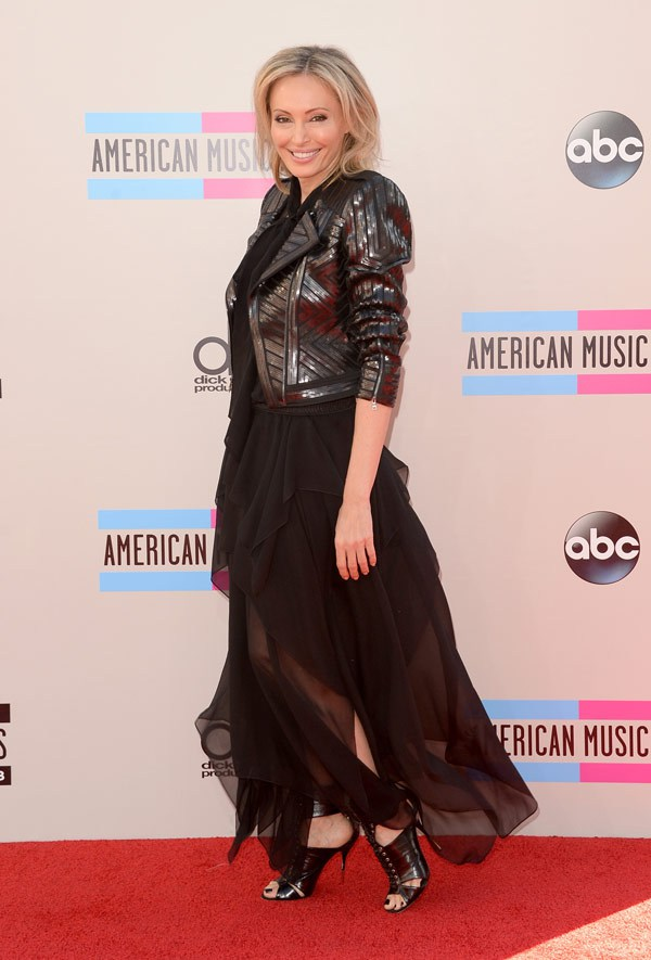 lubov-azria-american-music-awards-2013-red-carpet