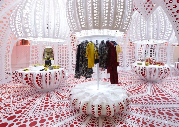 pokla-dots-louis-vuitton-kusama