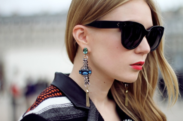 statement-earrings-look