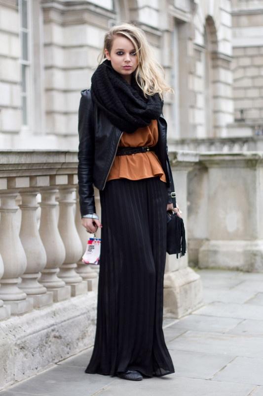 tube-scarf-street-style