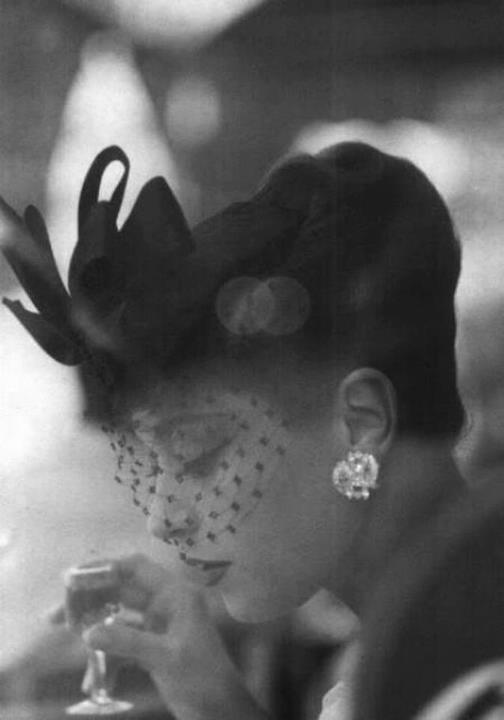 veiled-hat-women-style
