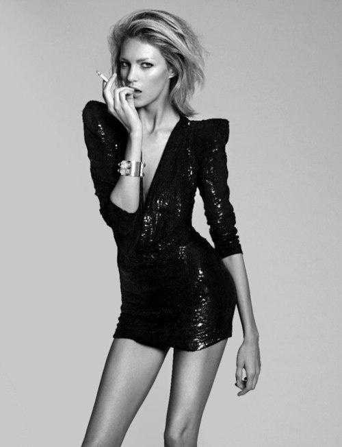 black-sequin-party-dress
