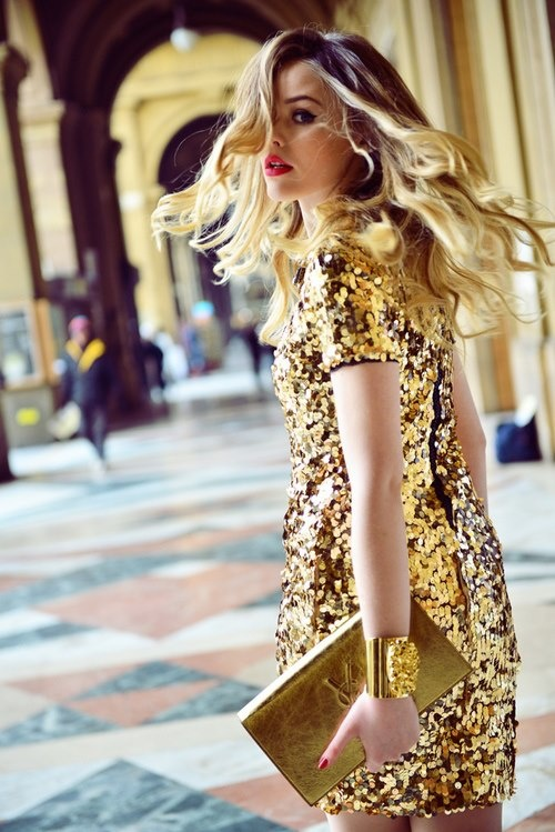 gold-sequin-dress-for-party