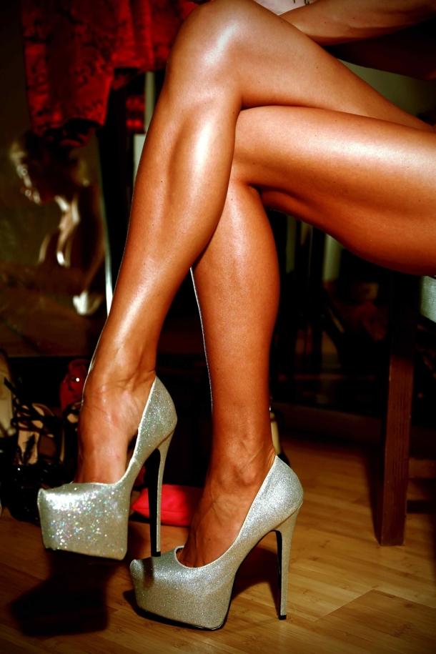 killer-legs-platform-heels