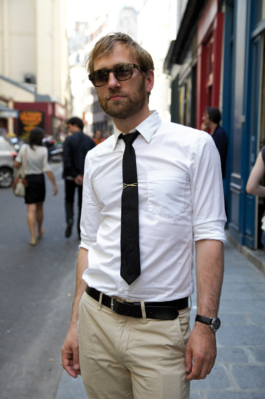 street-style-men-sunglasses