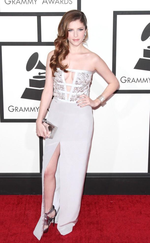 anna-kendrick-2014-Grammy-red-carpet-dresses