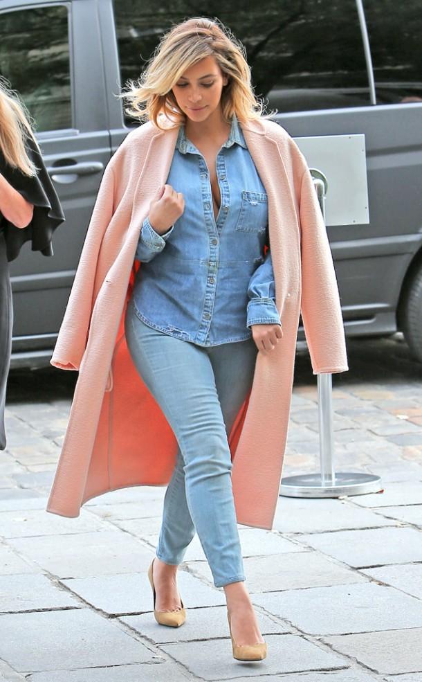 kim-kardashian-pale-pink-look