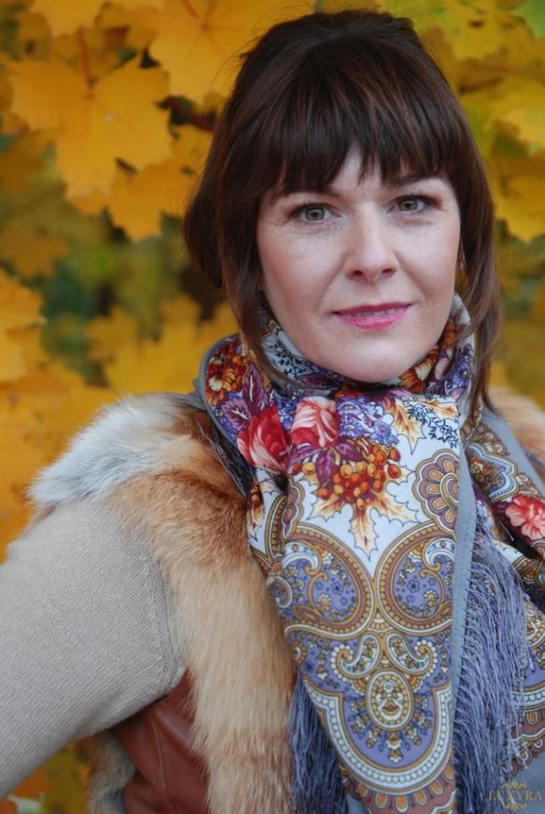 Luxyra-Russian-silk-scarves (2)