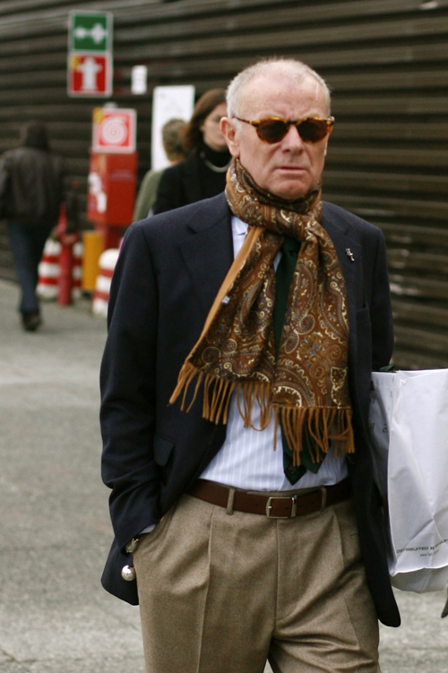 Nick-Bronson-scarf-cashmere-silk-streetstyle-style
