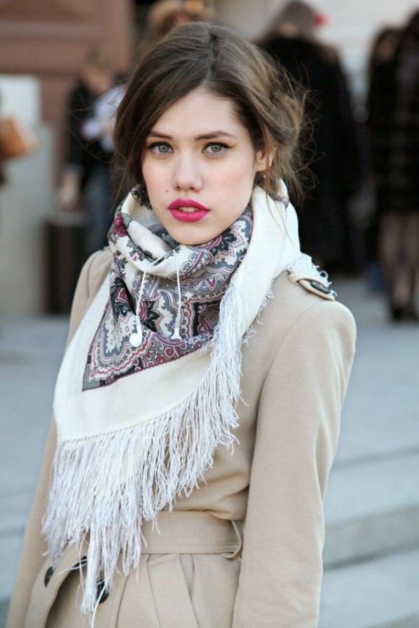Russian-silk-scarf-streetstyle